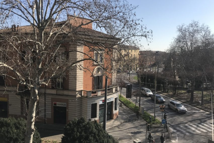 Appartamento in zona Viali a Modena